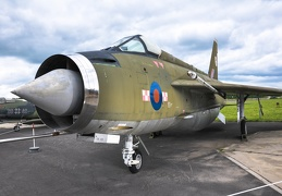 2010-06-13 12-13-30- original - LW Museum Gatow -English Electric Lightning