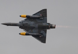 Couteau Delta on Mirage 2000